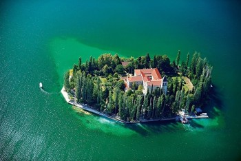 antropoti-wedding_planner-island-visovac-sibenik-wedding-venus