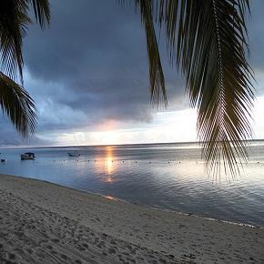 Mauritius Beach at nightfall 290x290