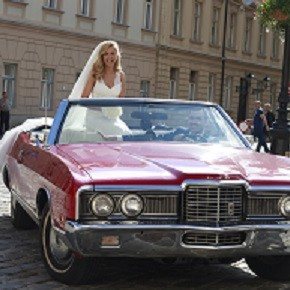 weddings-in-croatia-rent-a-car-oldtimer-car-wedding-planner-antropoti-ford-LTD290