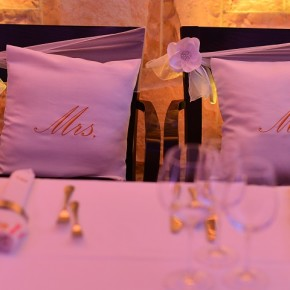 wedding-gifts-personalized gift-pillows-antropoti-wedding-concierge-wedding-planner